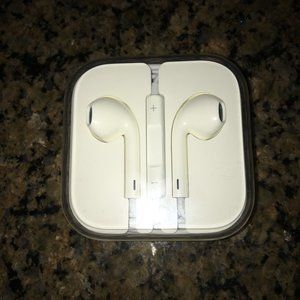 Apple Ear Pods - Wired - New